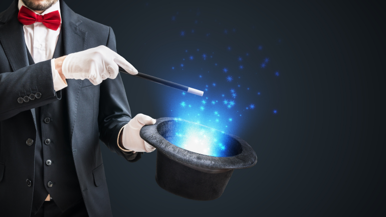 How Does Online Magic Show Differ From Traditional One?